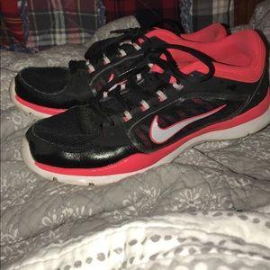 Women's Nike sneakers. Size 6.5